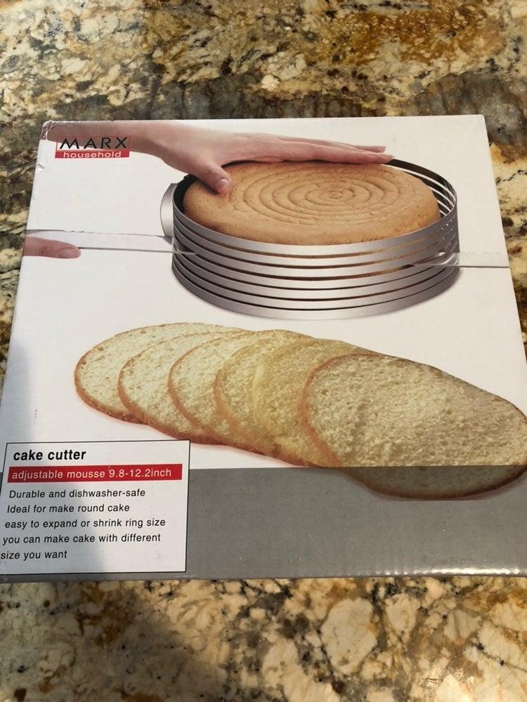 Brand New Cake Slicer