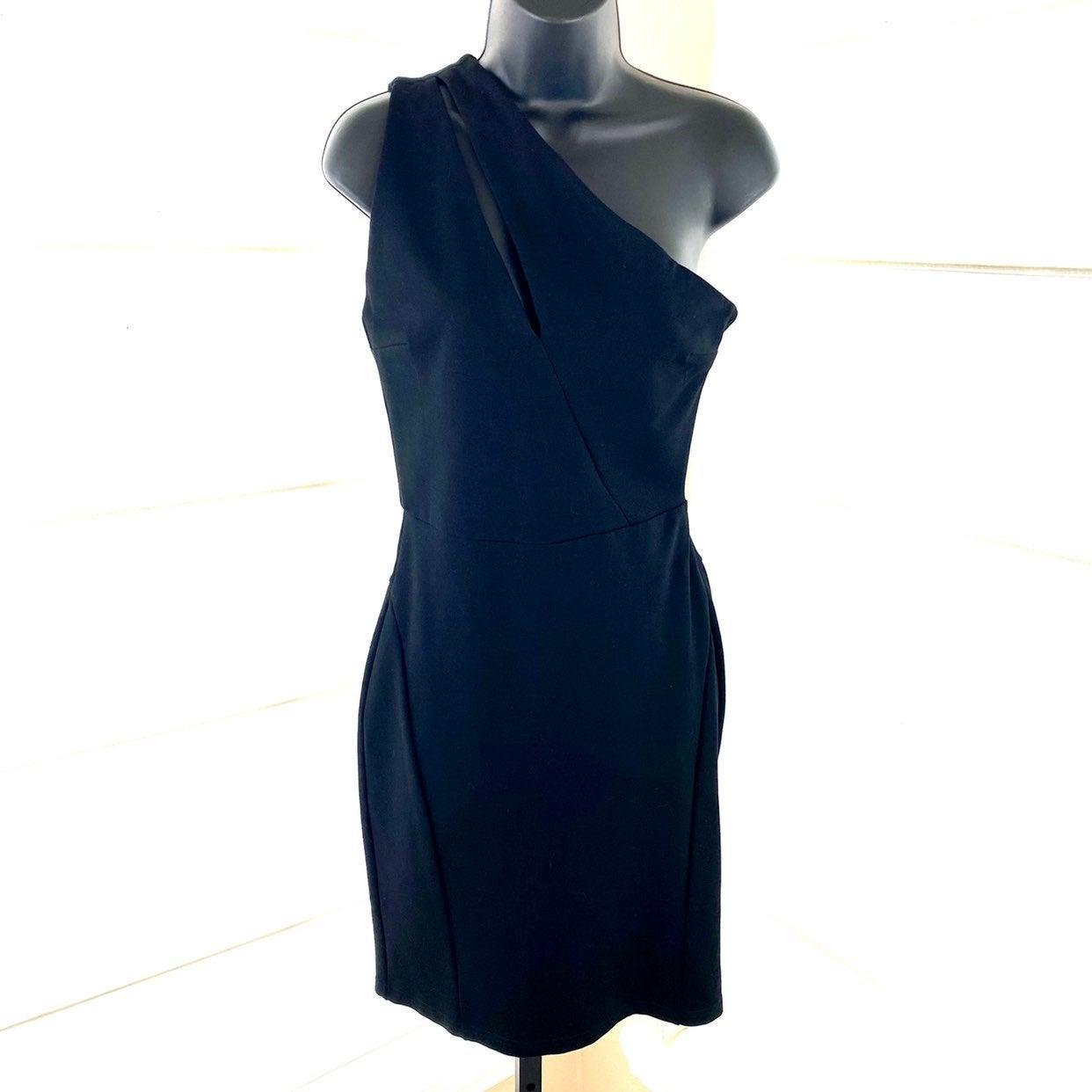 Olivaceous Black Cutout One Shoulder Dre