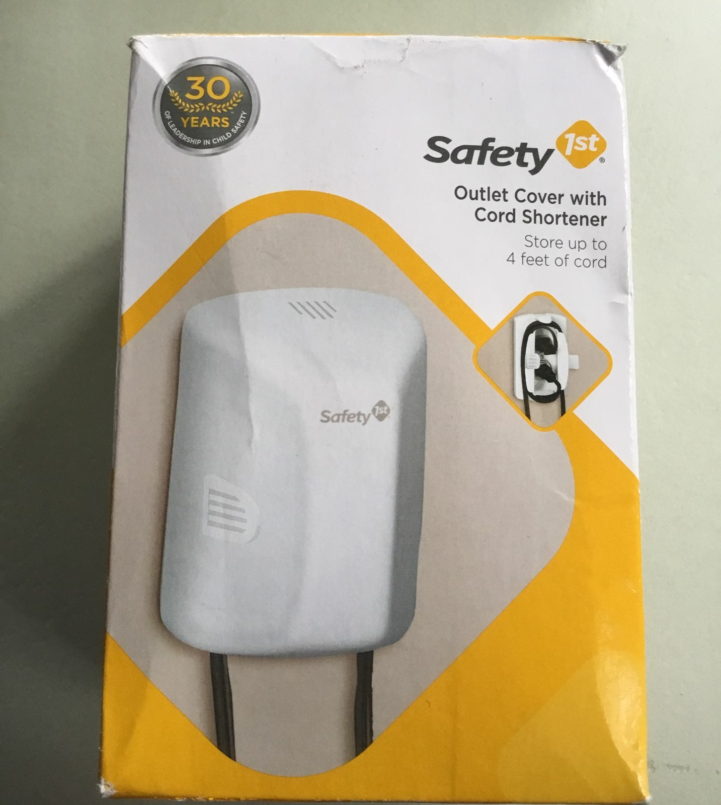 Safety 1 St Outlet Cover Cord Shortener