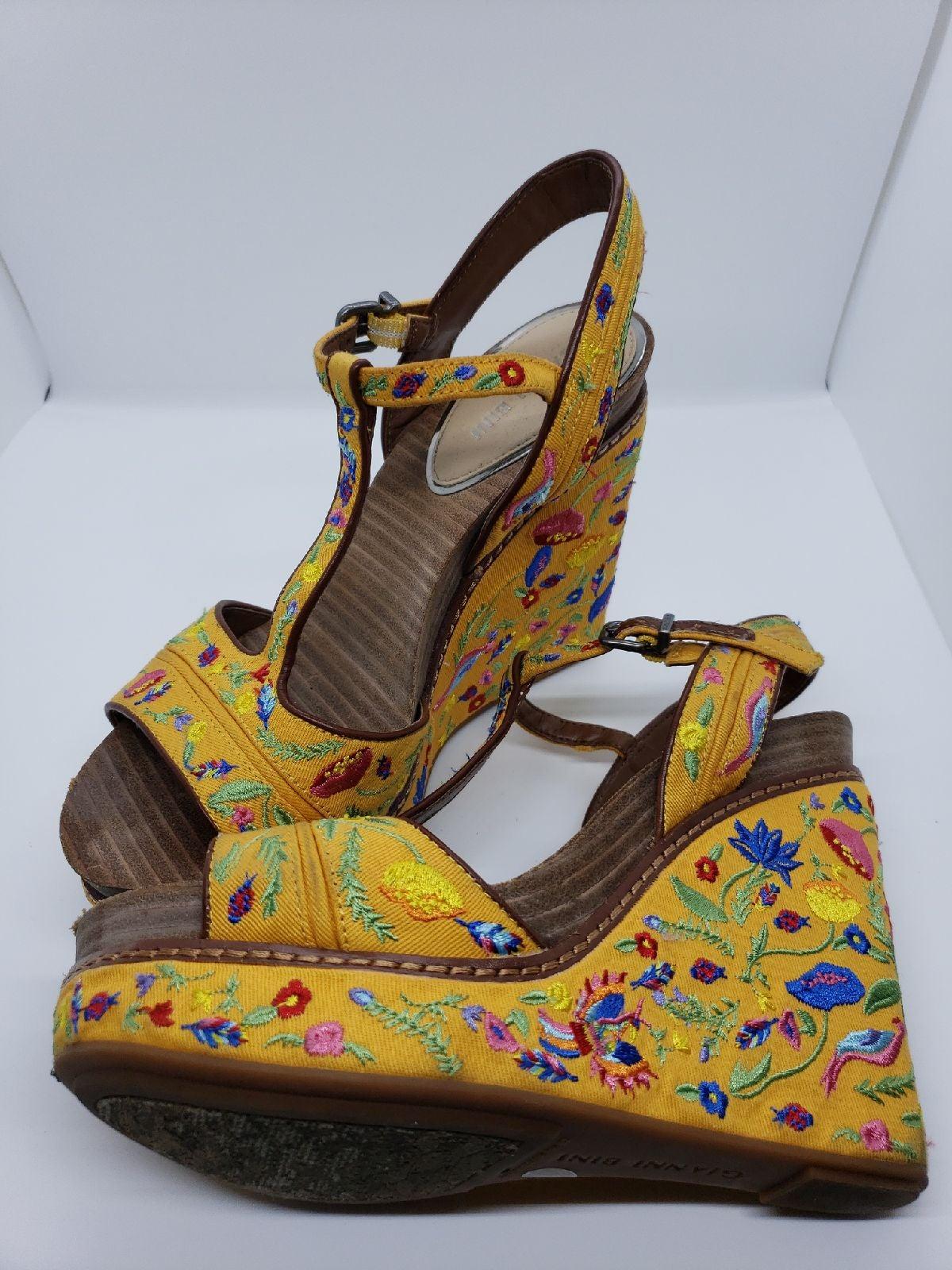 Gianni Bini Shoes Floral Yellow Wedge Wo