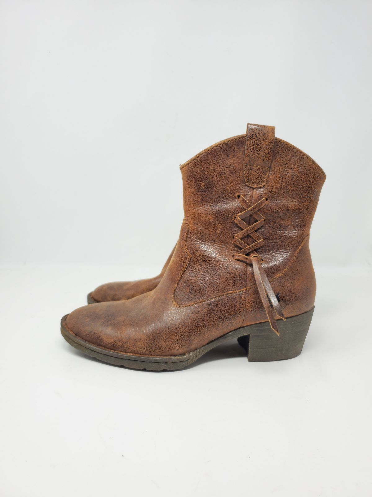 Born leather side lace bootie