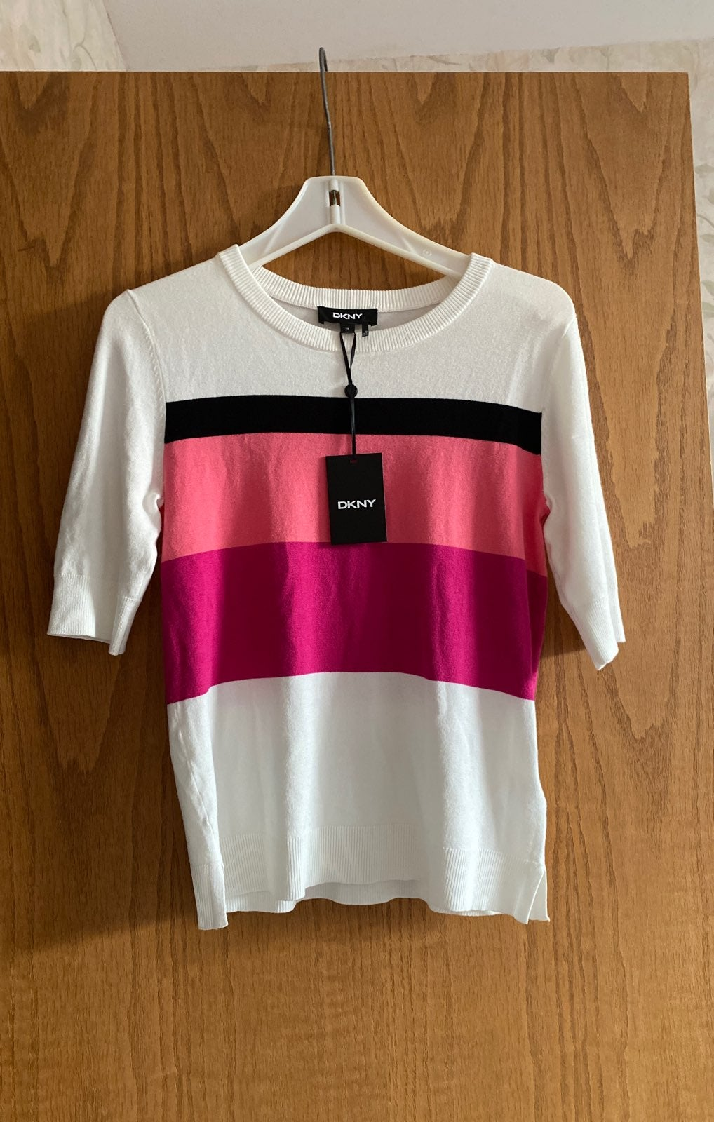 DKNY soft material new top!