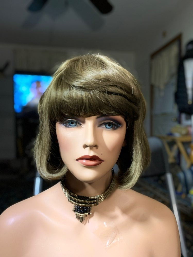 #94 light brown Elura synthetic wig