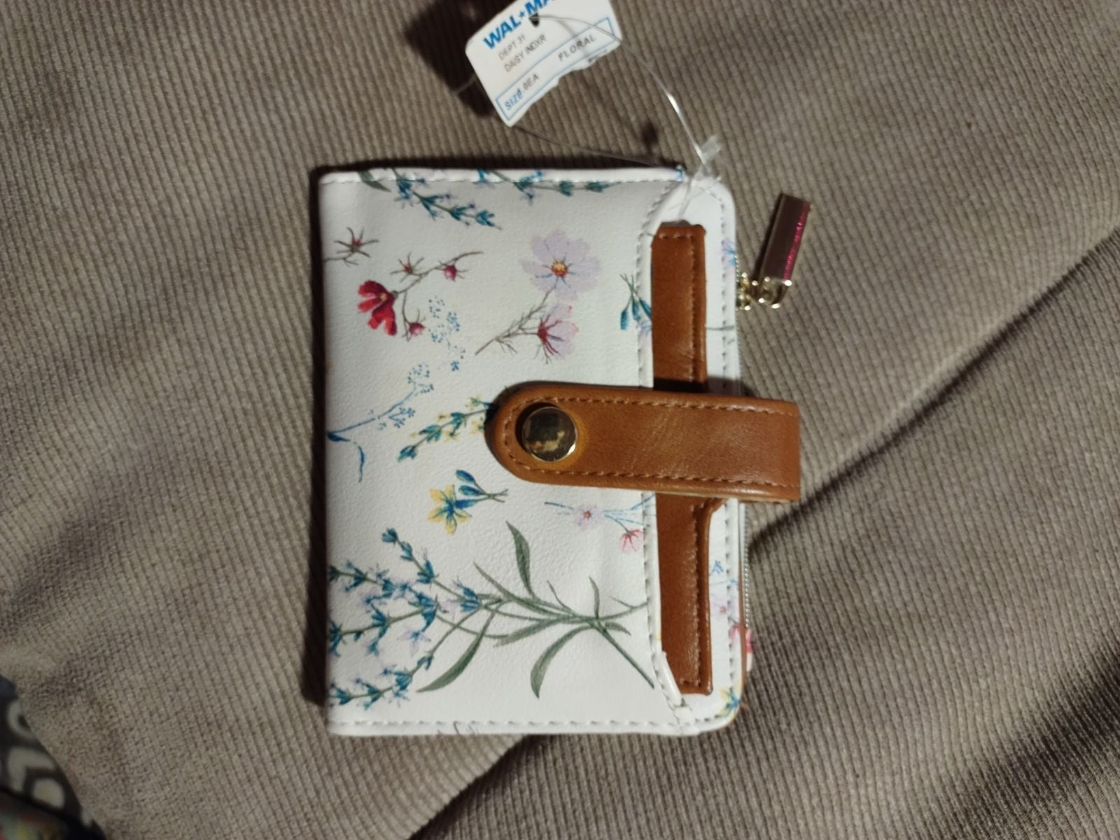 Floral Wallet, Brand New W/ tags!