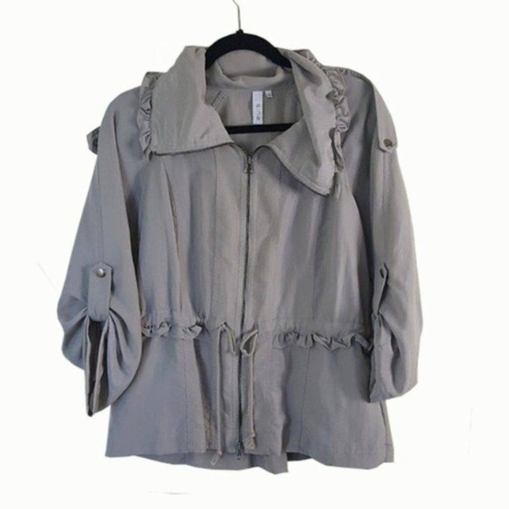 Sine Gray Ruffle Utility Zipper Jacket