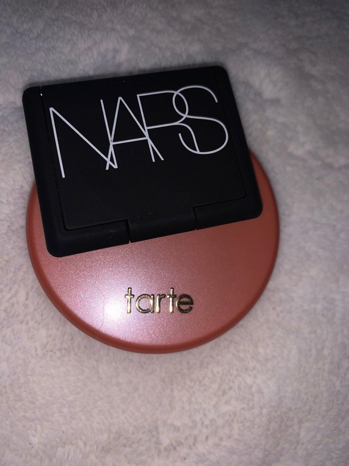 nars eye shadow & tarte blush