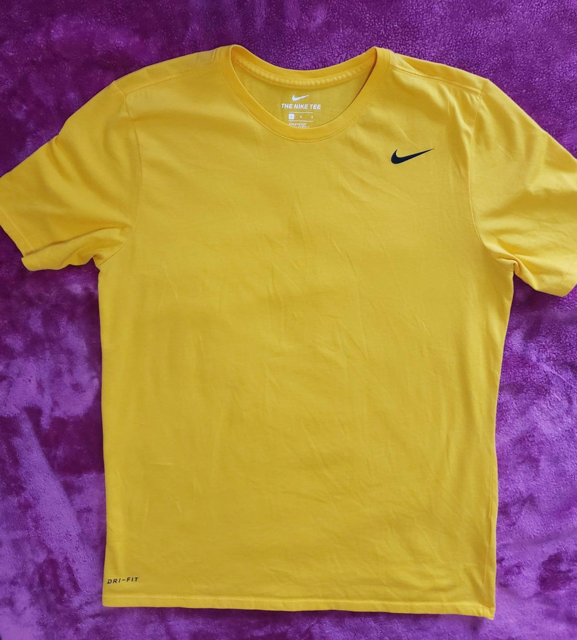 Nike athletic tee