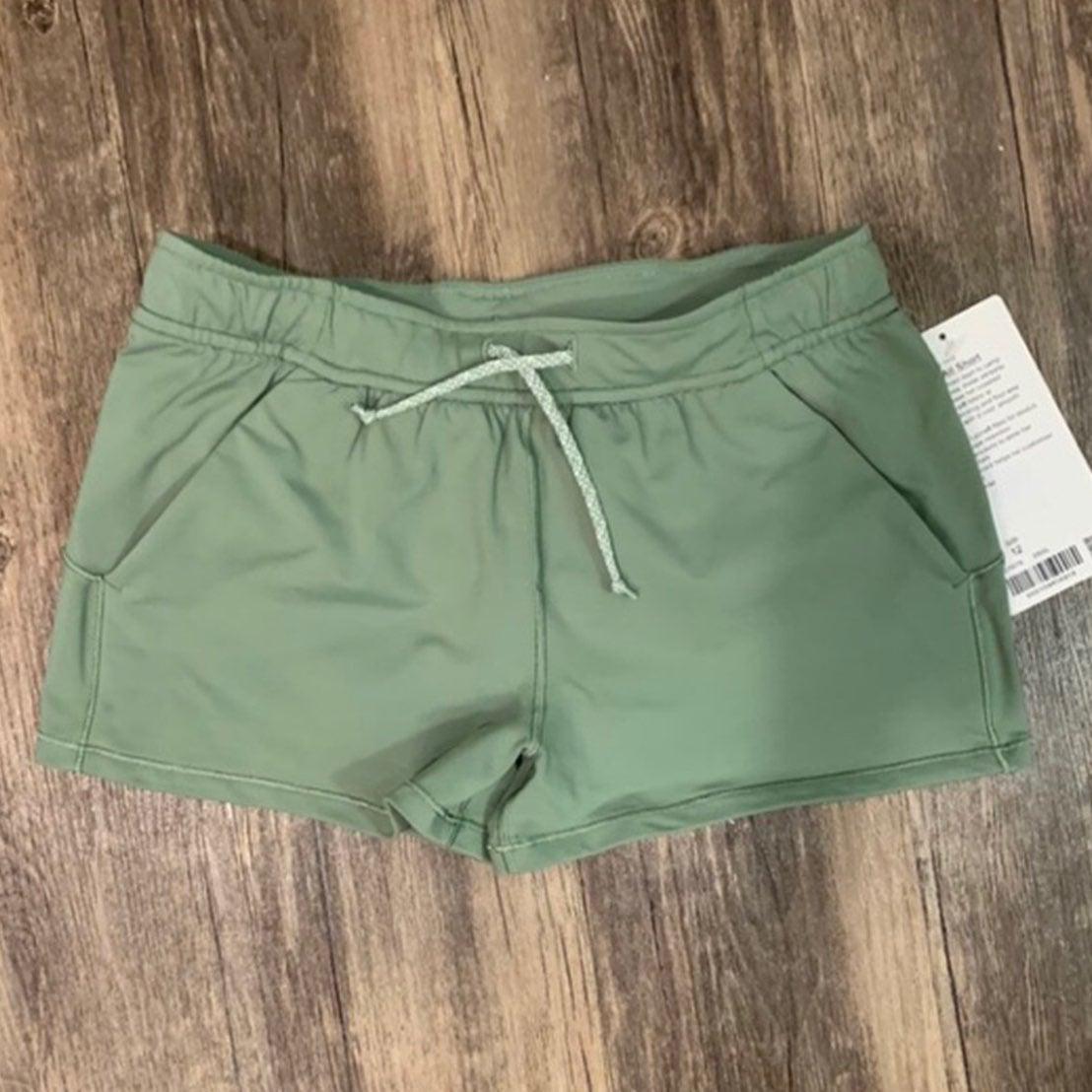 lululemon ivviva best of all shorts
