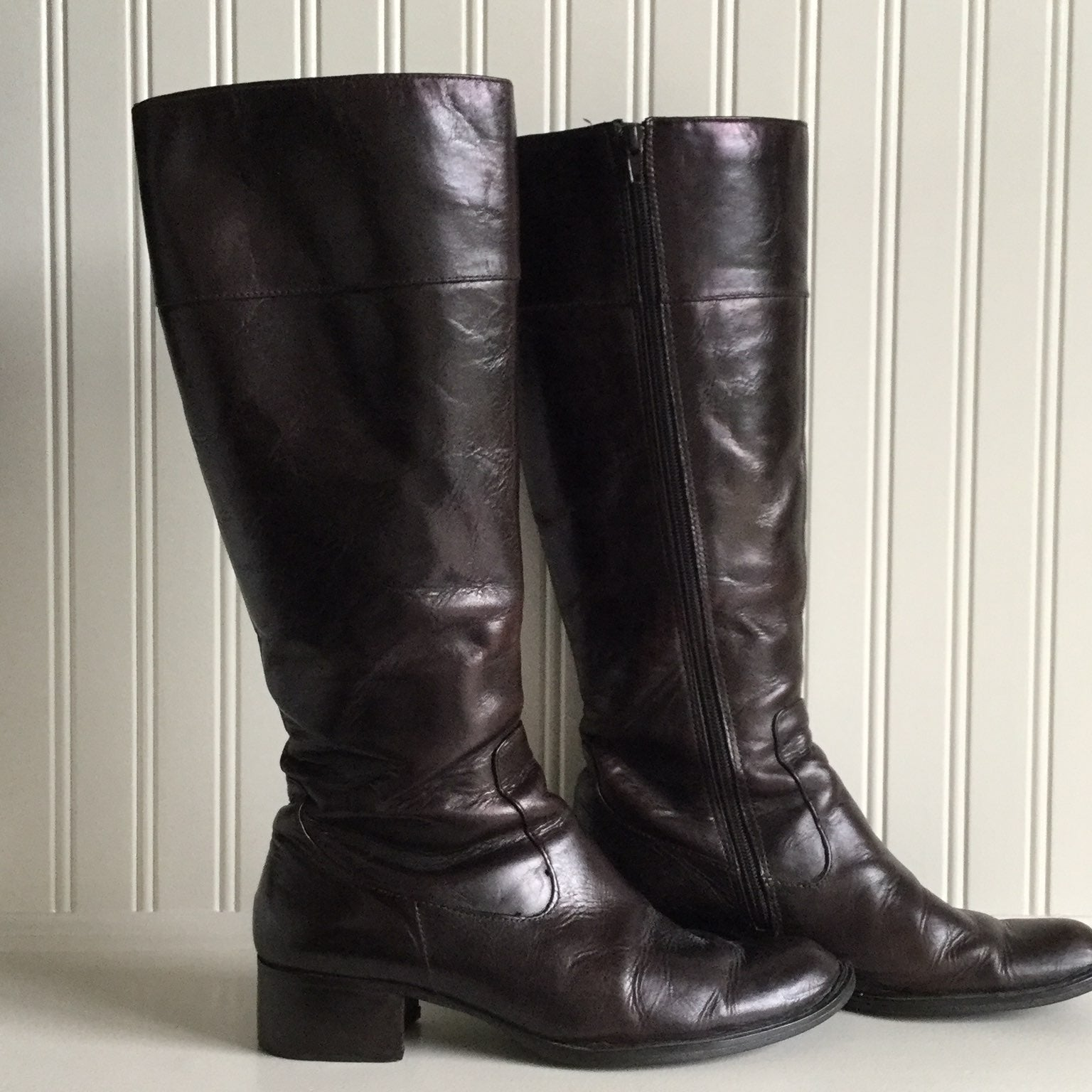 Born Boots Brown Size 8