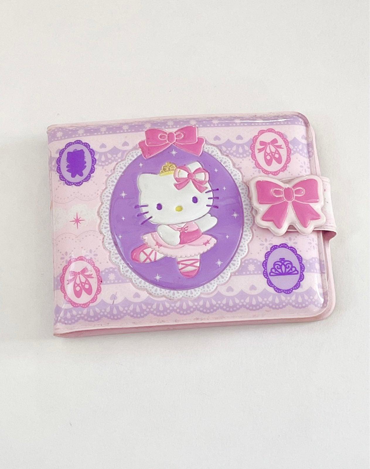 Vintage Hello Kitty wallet ballerina bow