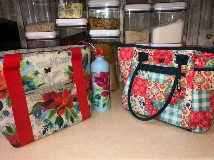 Pioneer Woman Set of Two Lunch Totes +