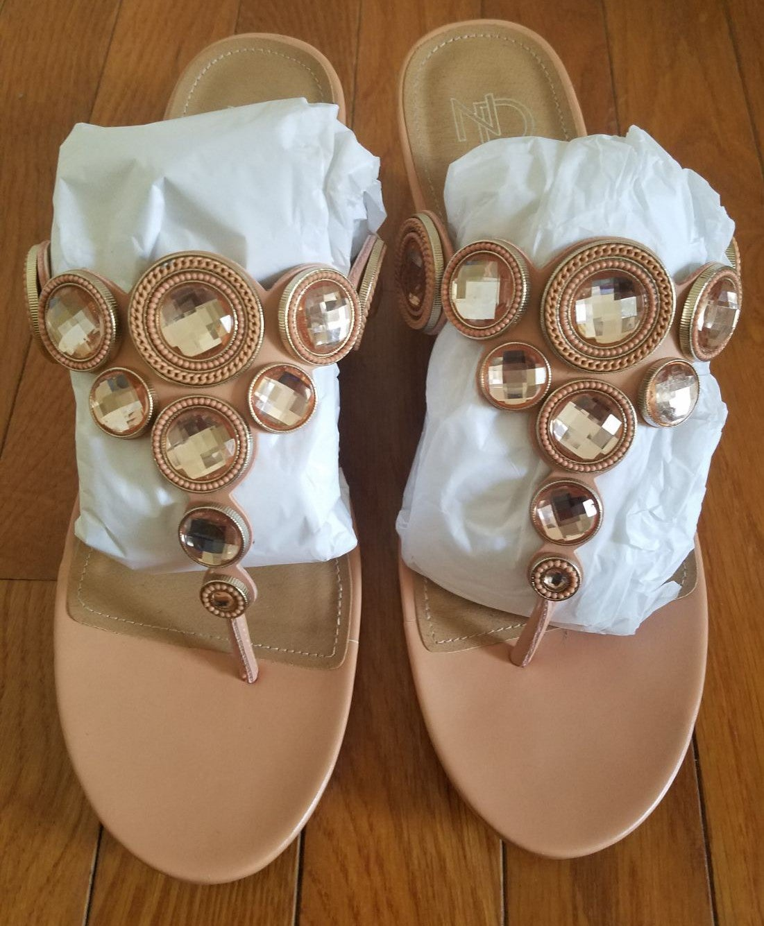 ND NEW DIRECTIONS SANDALS Size 9.5