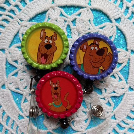 3 scooby doo badge reels