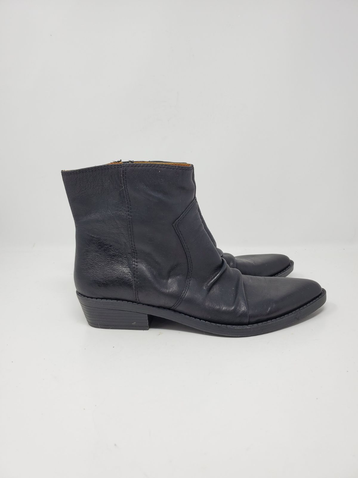 New beautiful vintage leather boots