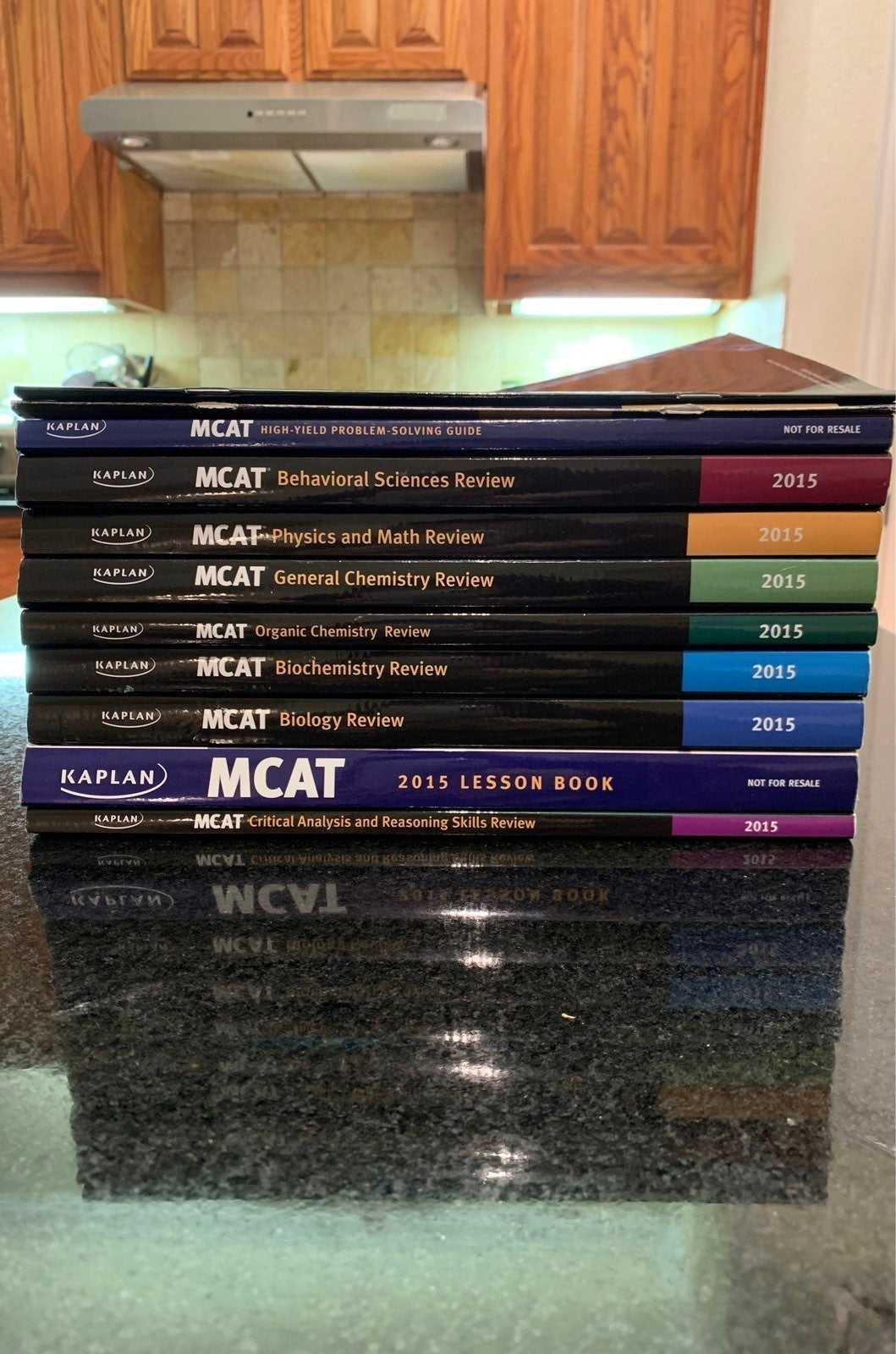 12 Kaplan MCAT Books