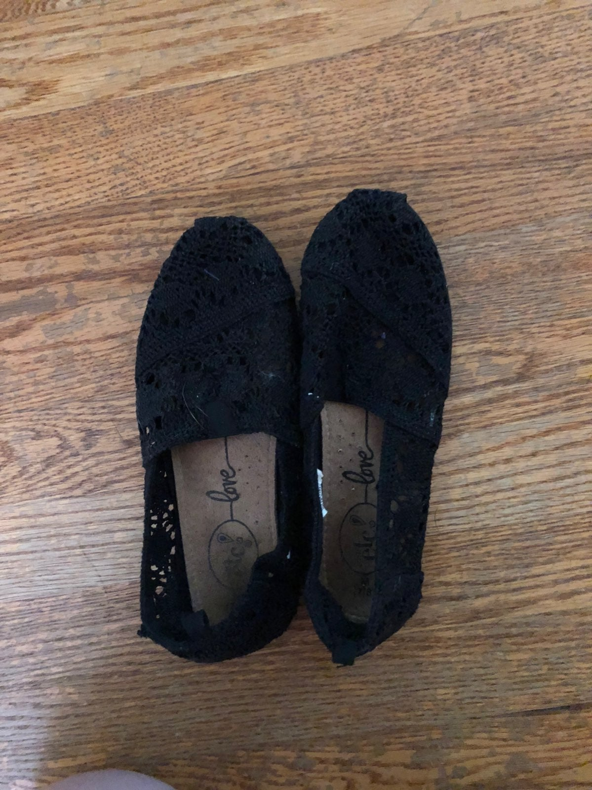 Lace Toms-Looking Shoes