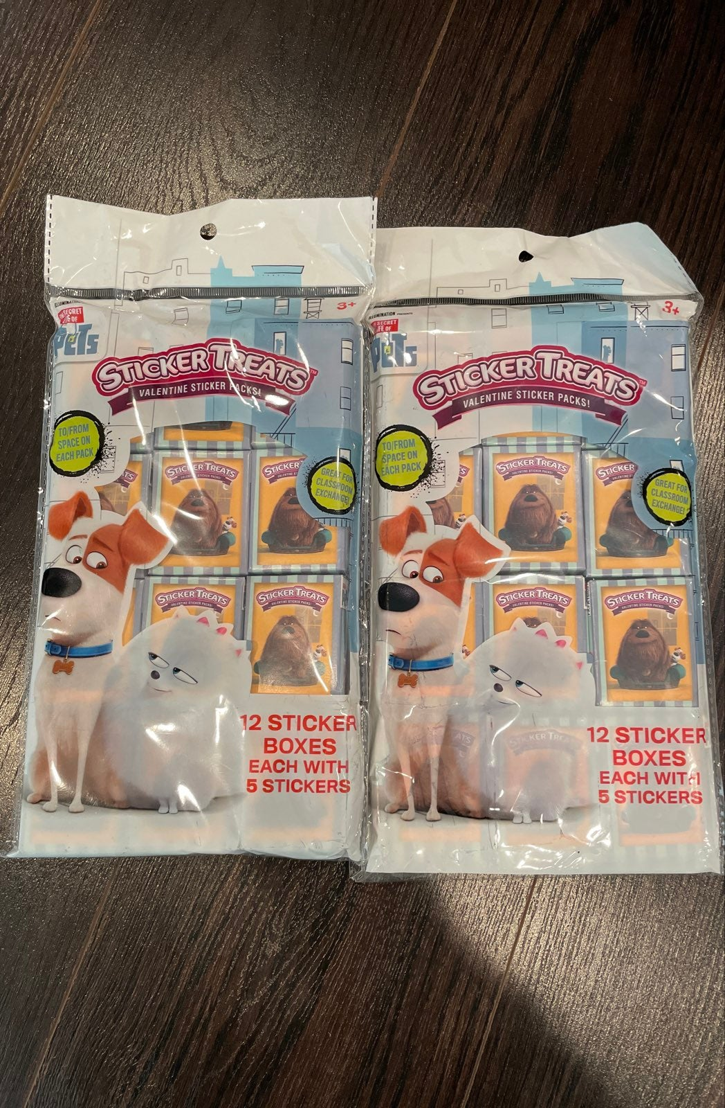 NEW TWO PACKS OF SECRET LIFE OF PETS STI