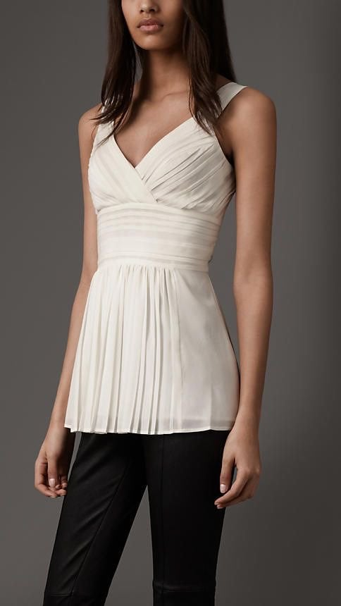 NWT Burberry Pleated Front Silk Top US8