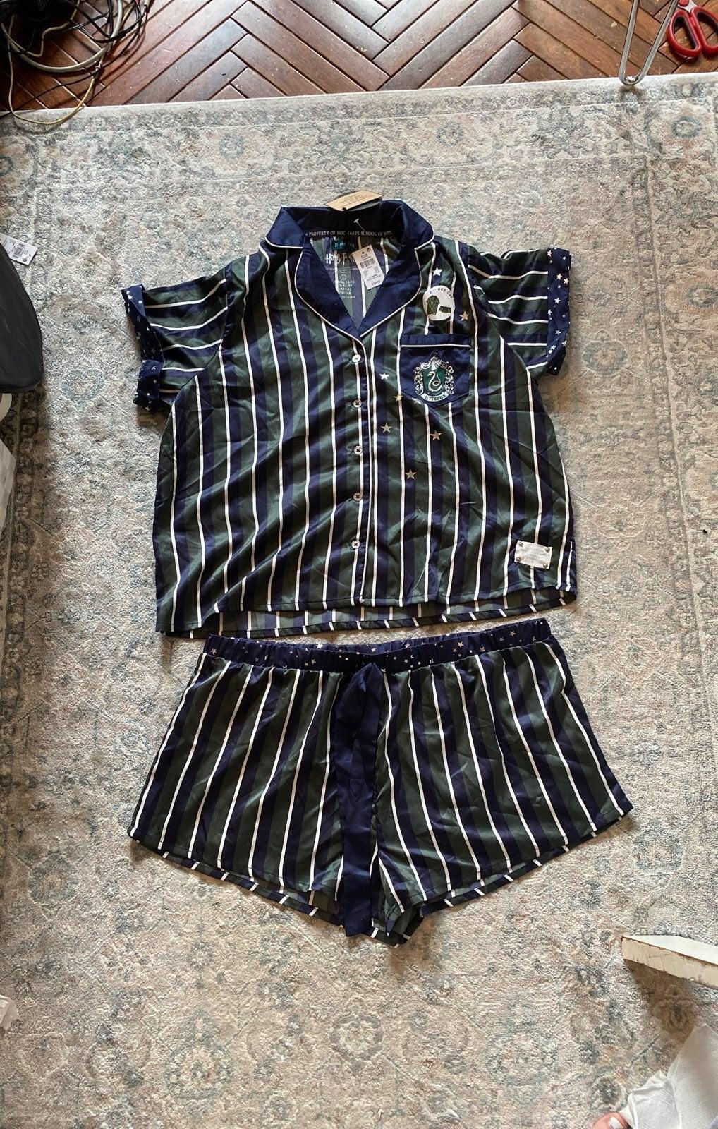 HP Slytherin Pajama Set! US L