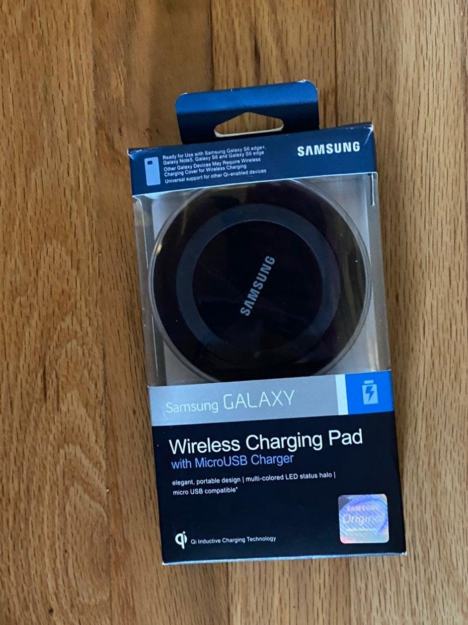 Samsung Galaxy Wireless Charging Pad