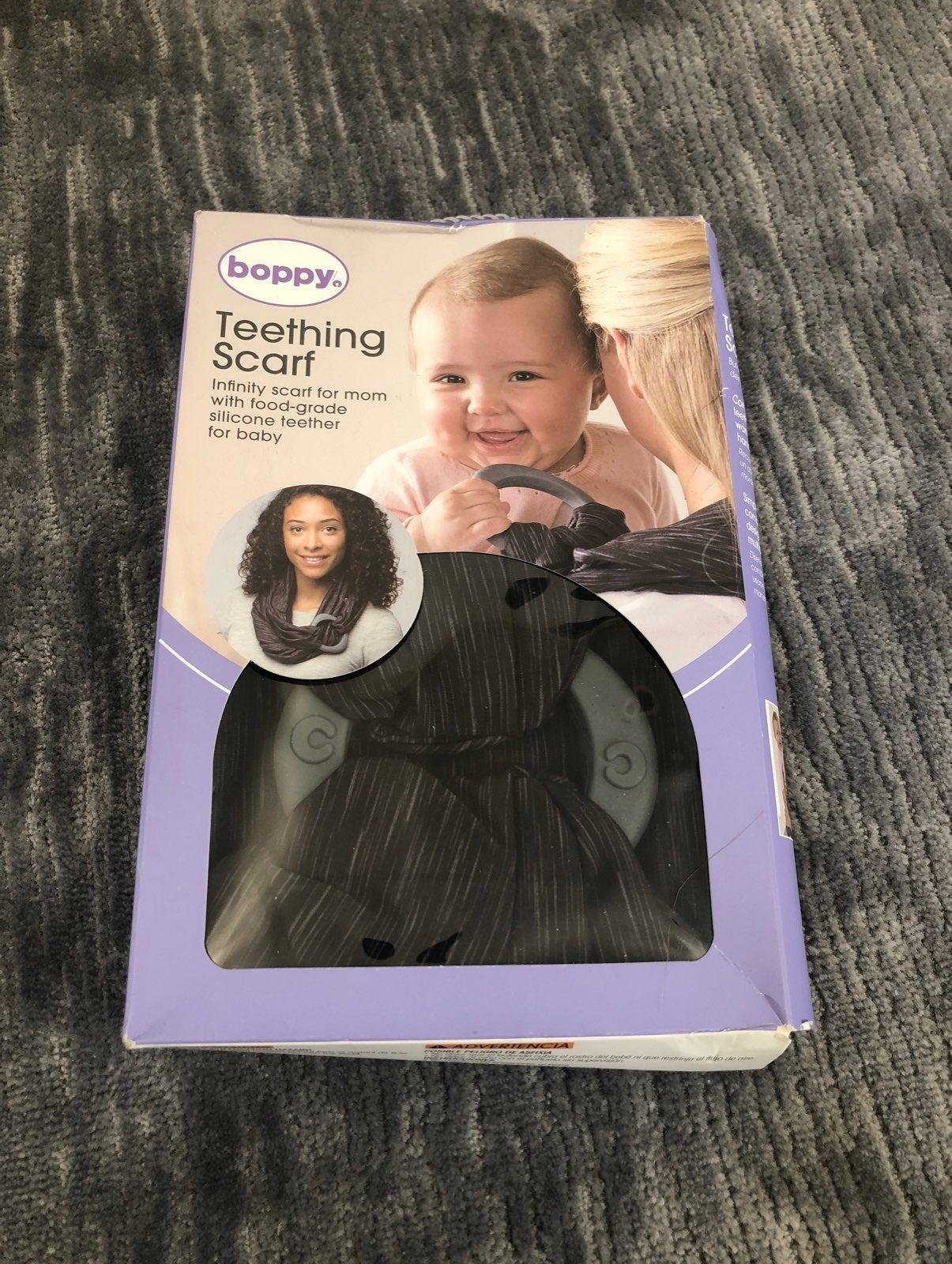 Boppy Teething Scarf