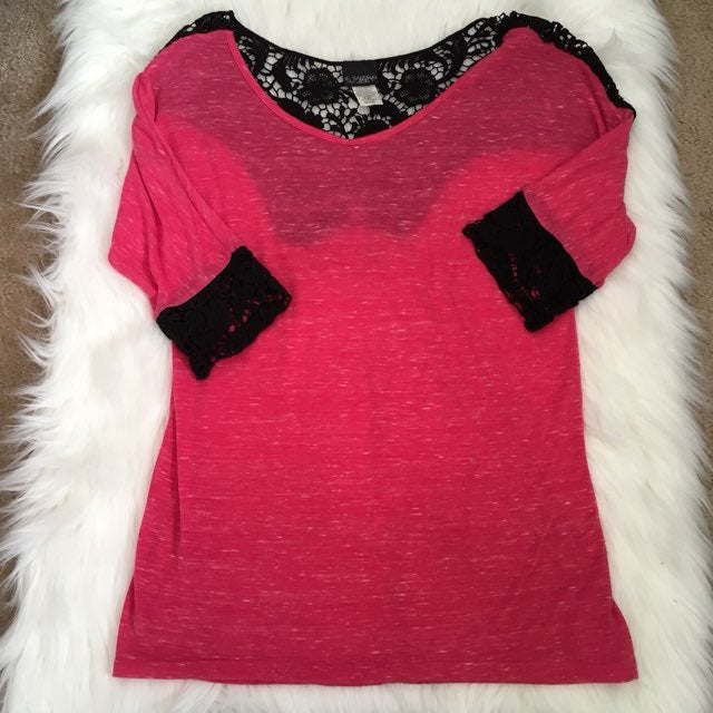 Buckle Brand Daytrip Top With Crochet M