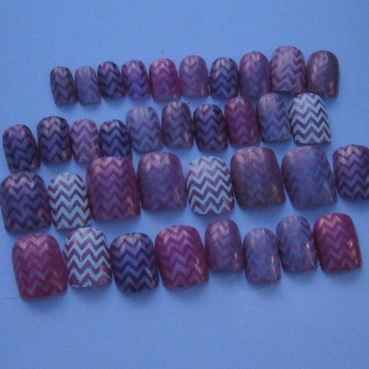 Chevron square nails 30pcs free glue