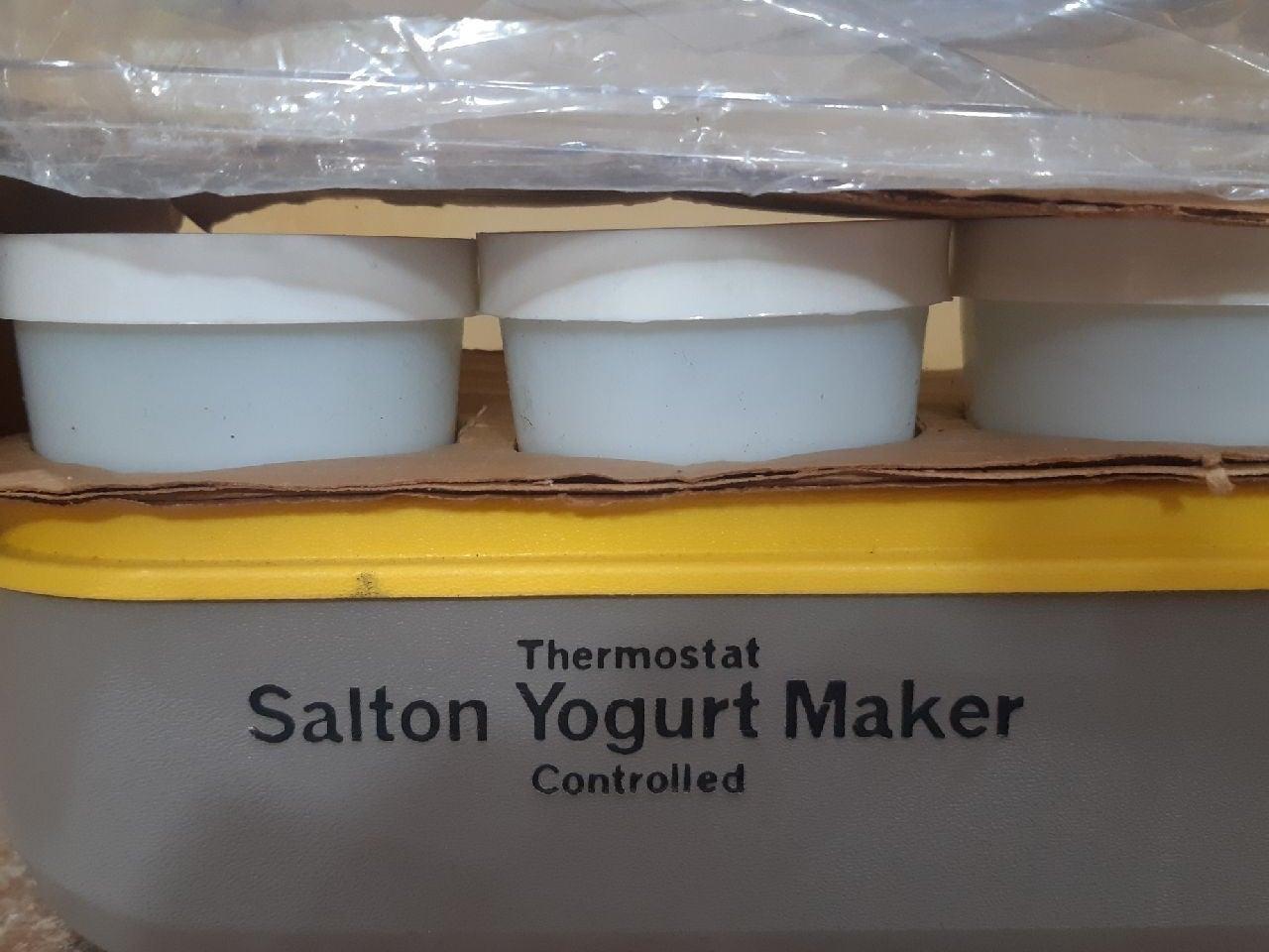 Salton Vintage Yogurt Maker