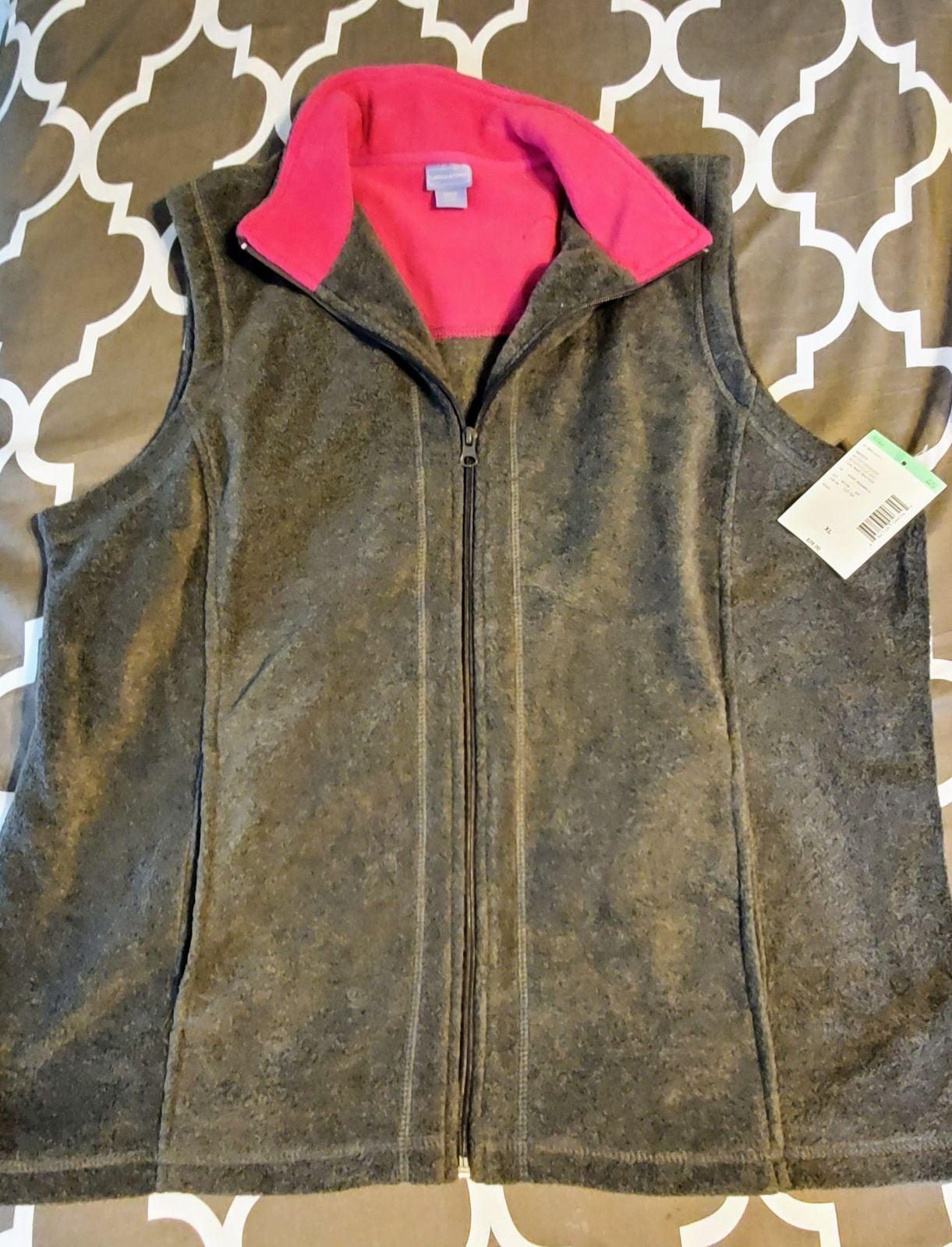 Laura Scott fleece vest