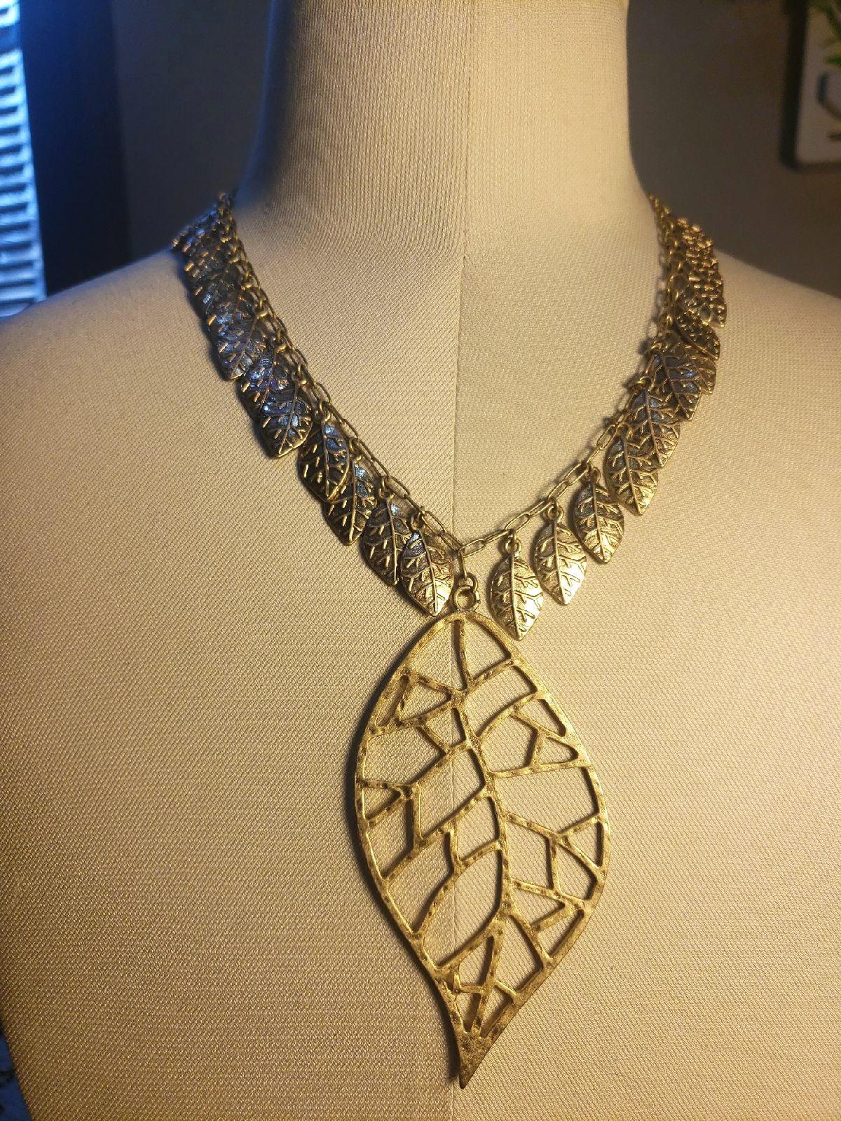 Jessica Simpson Leaf Necklace