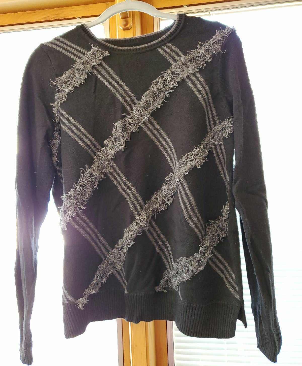 Bass Womens Sweater Size XL Black and Gr