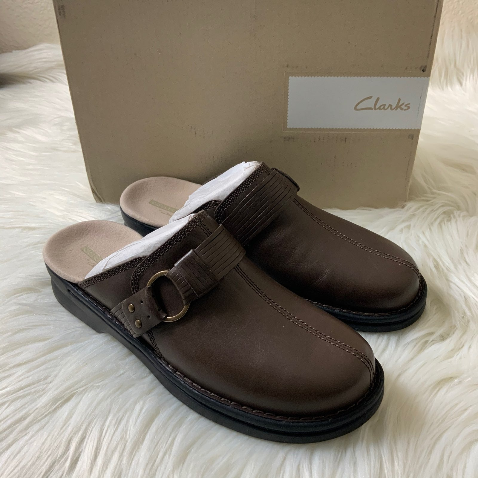 Clarks Leather Slip-On Clogs Size 7.5M