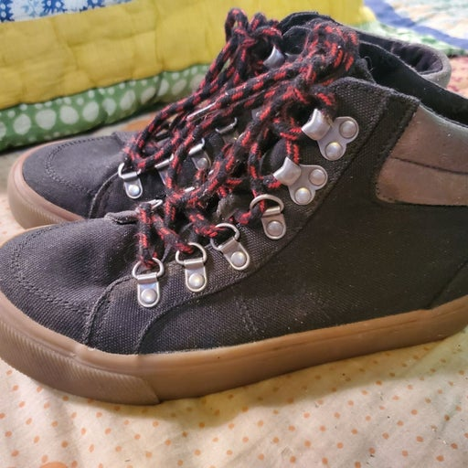 Old Navy Canvas Shoes