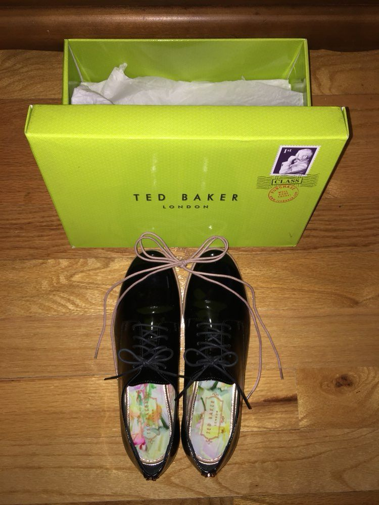 Ted Baker Oxfords Sz 7