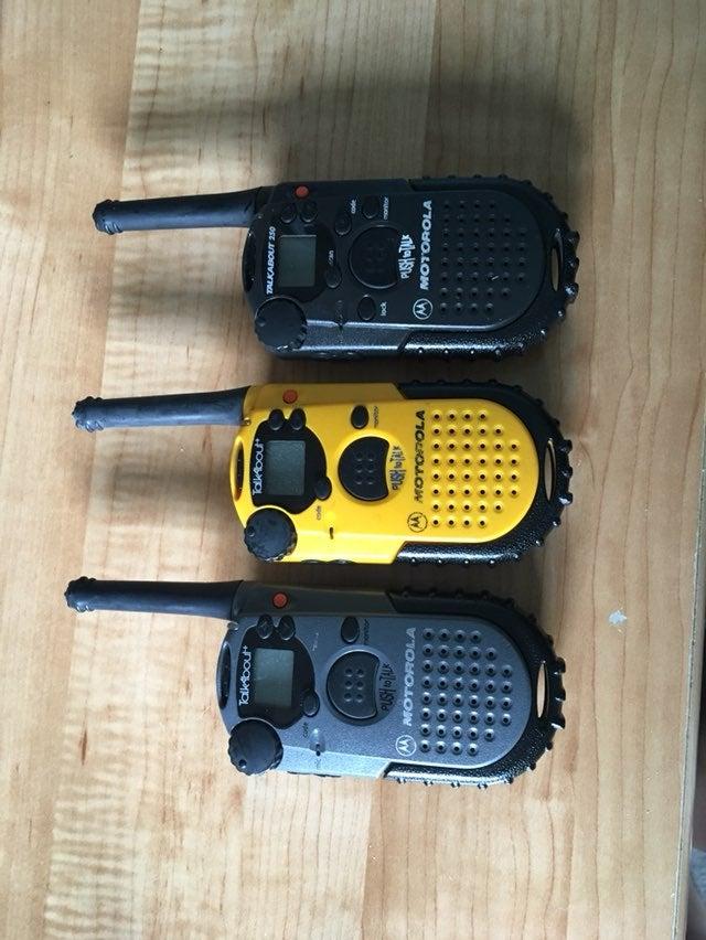 Set Of 3 Motorola Walkie Talkies
