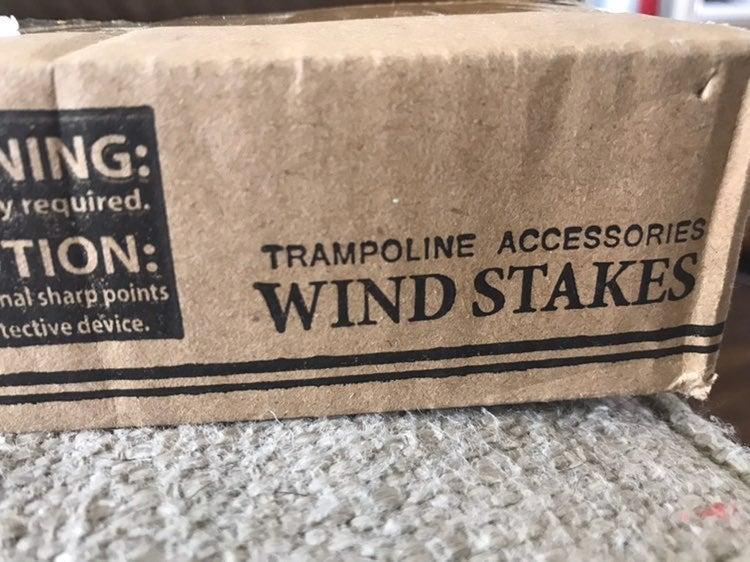 Tranpoline wind hooks