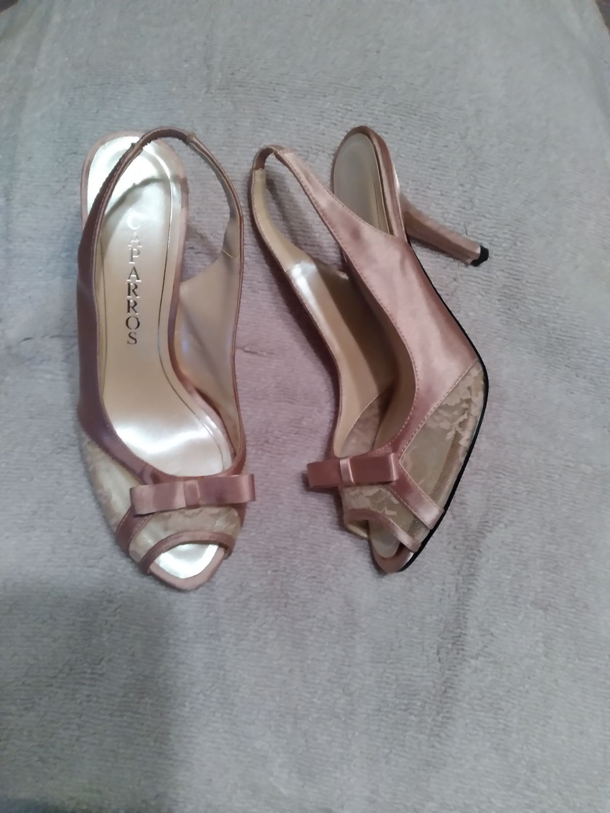 Lace and satin heels size 6.5 also avail
