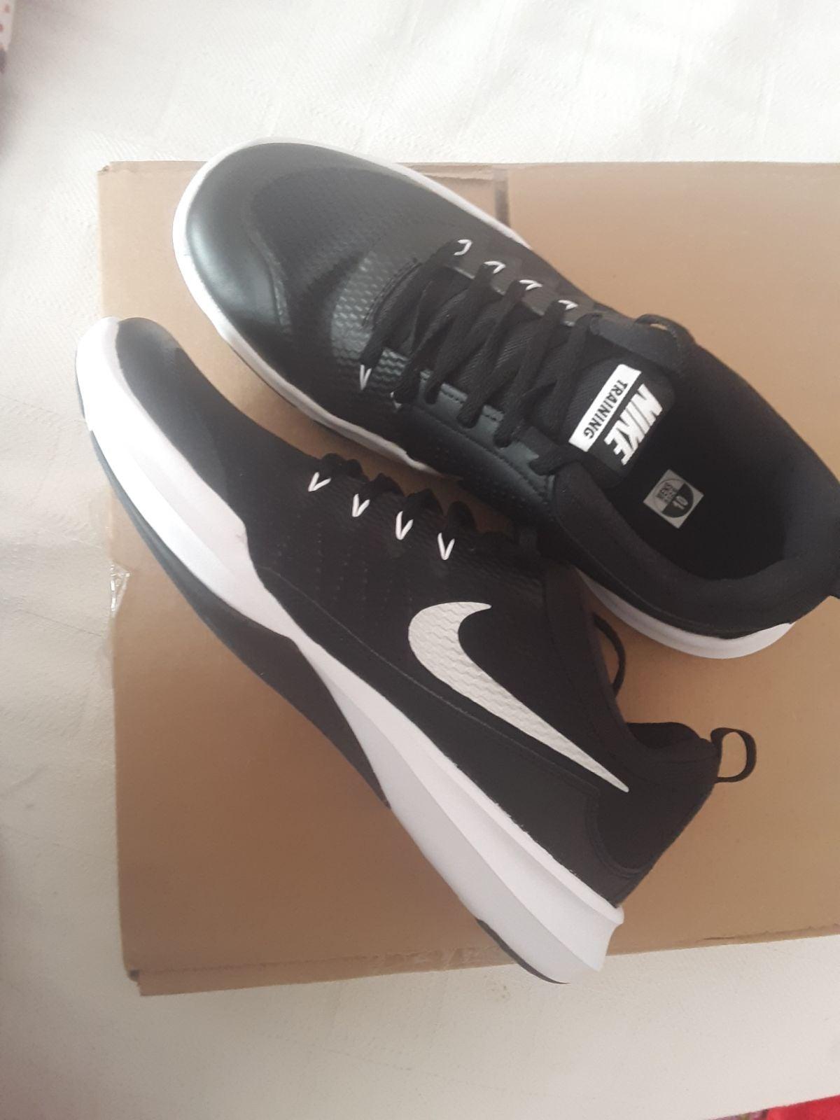 Nike Legend Trainer Brand New Black 10