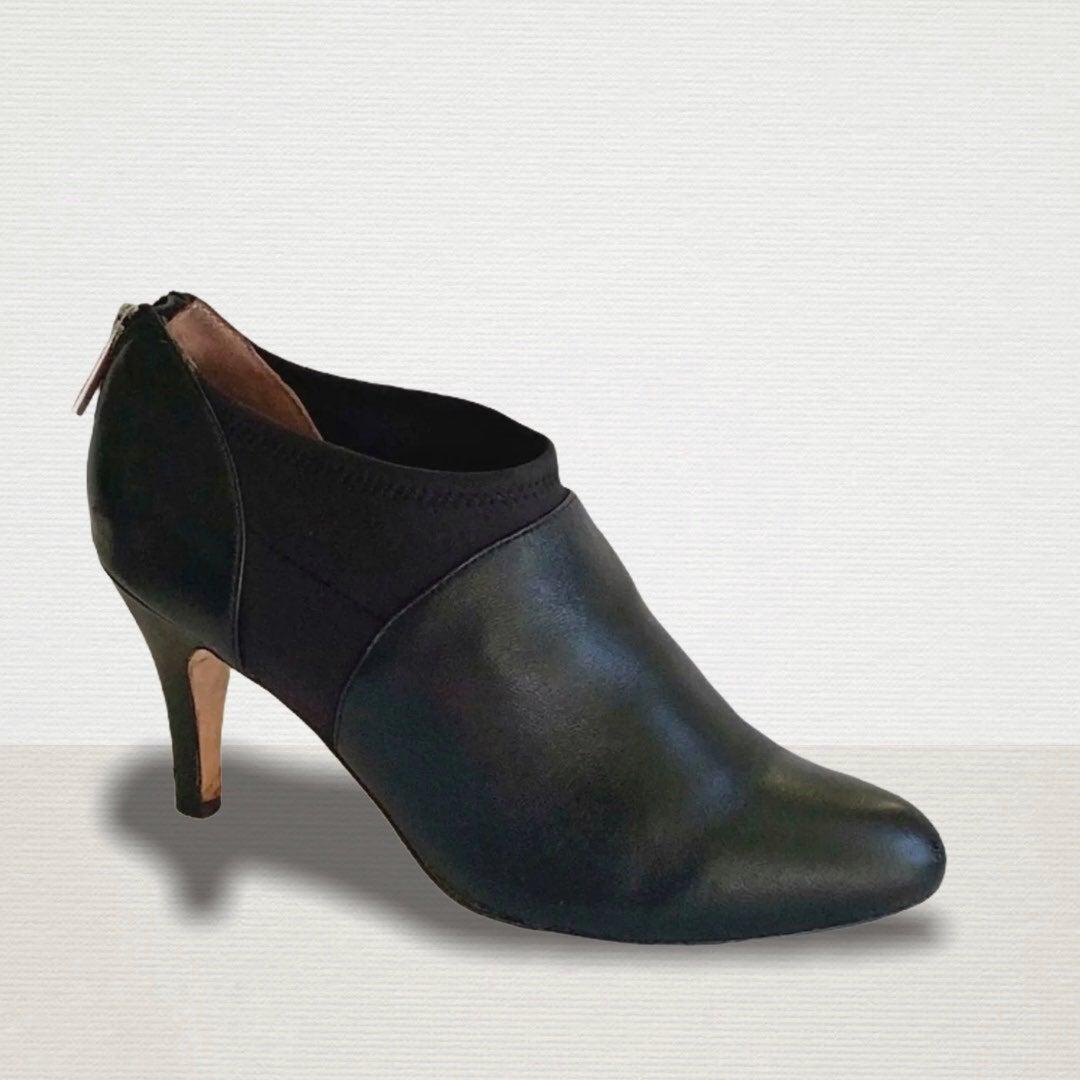 Taryn Rose Black Booties Size 9 Comfort