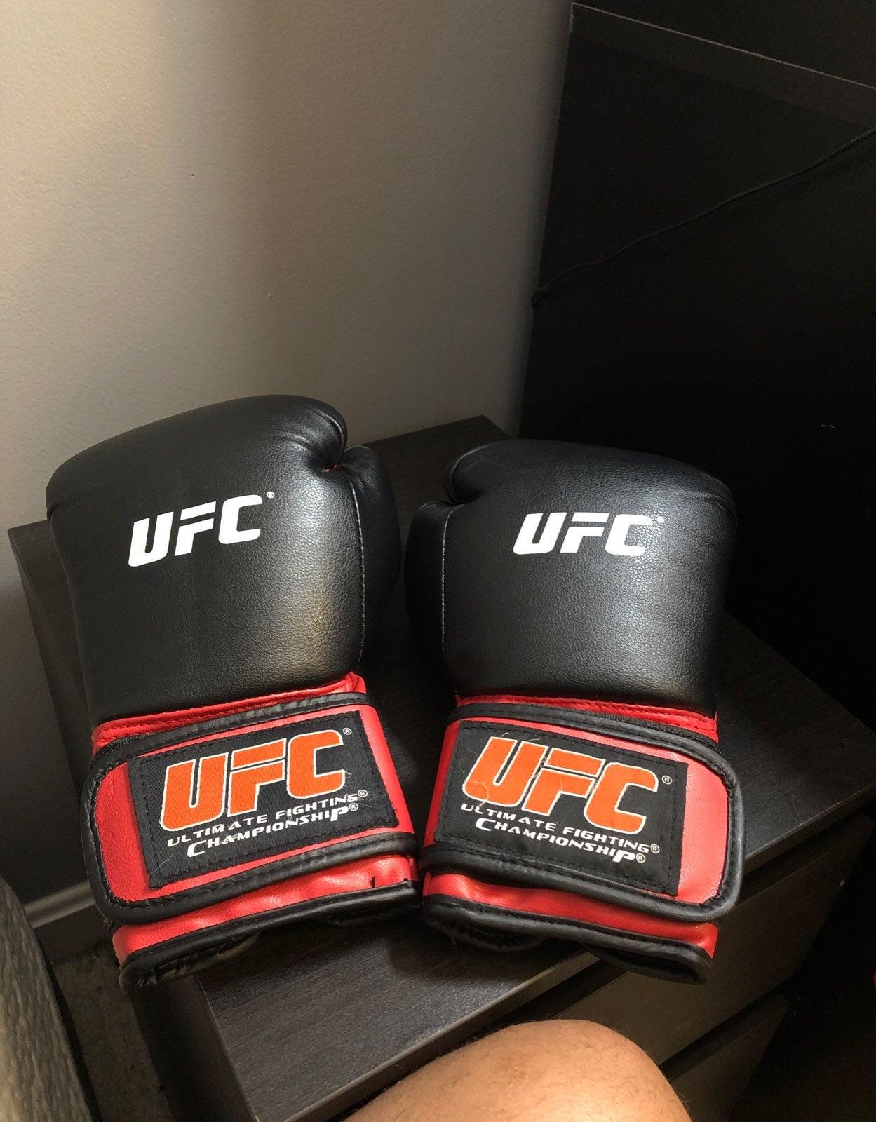 Ufc Boxing/Sparring gloves