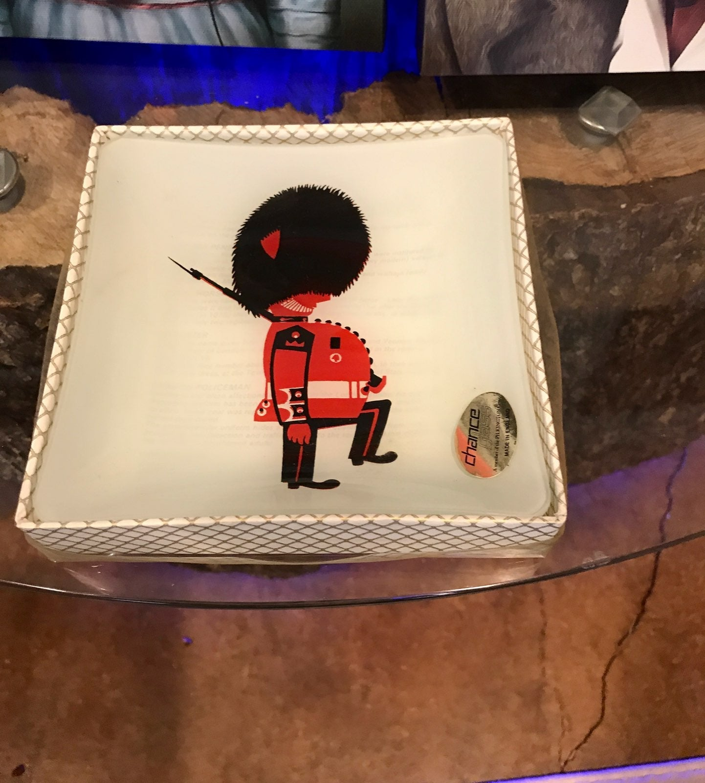 Beefeaters guard dish from England