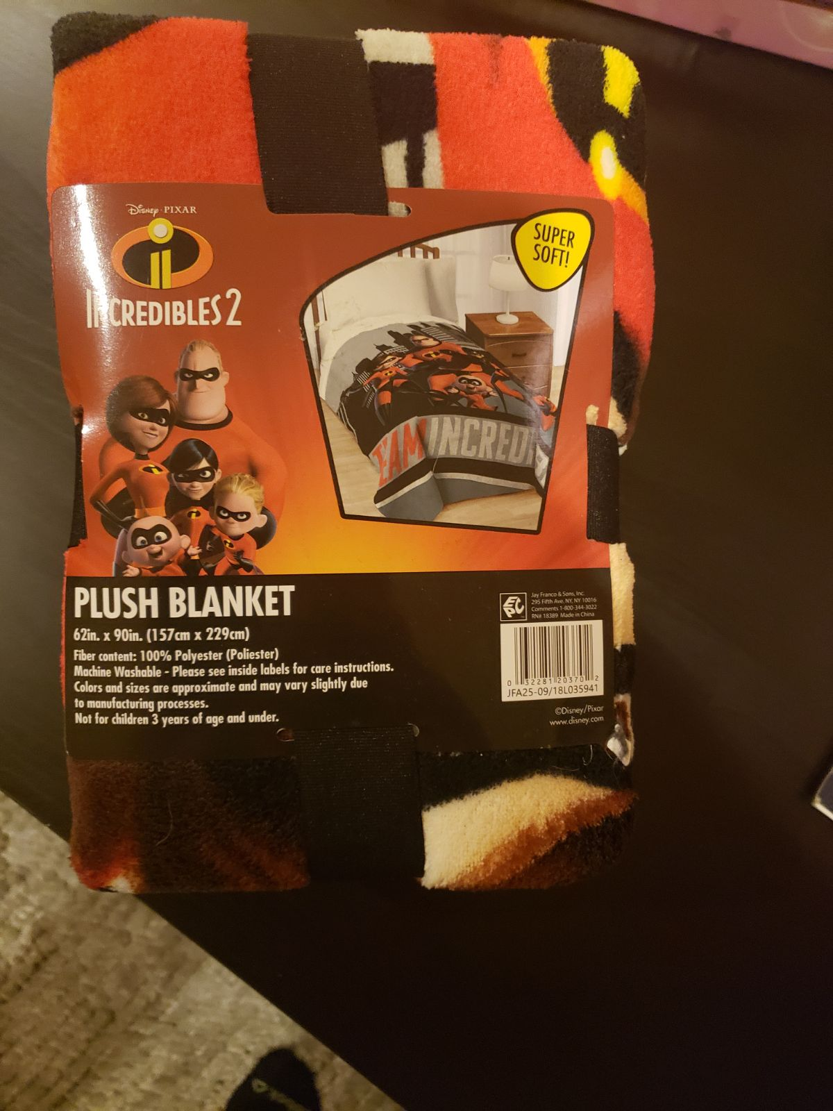 New 90x 62 Incredibles 2 Blanket