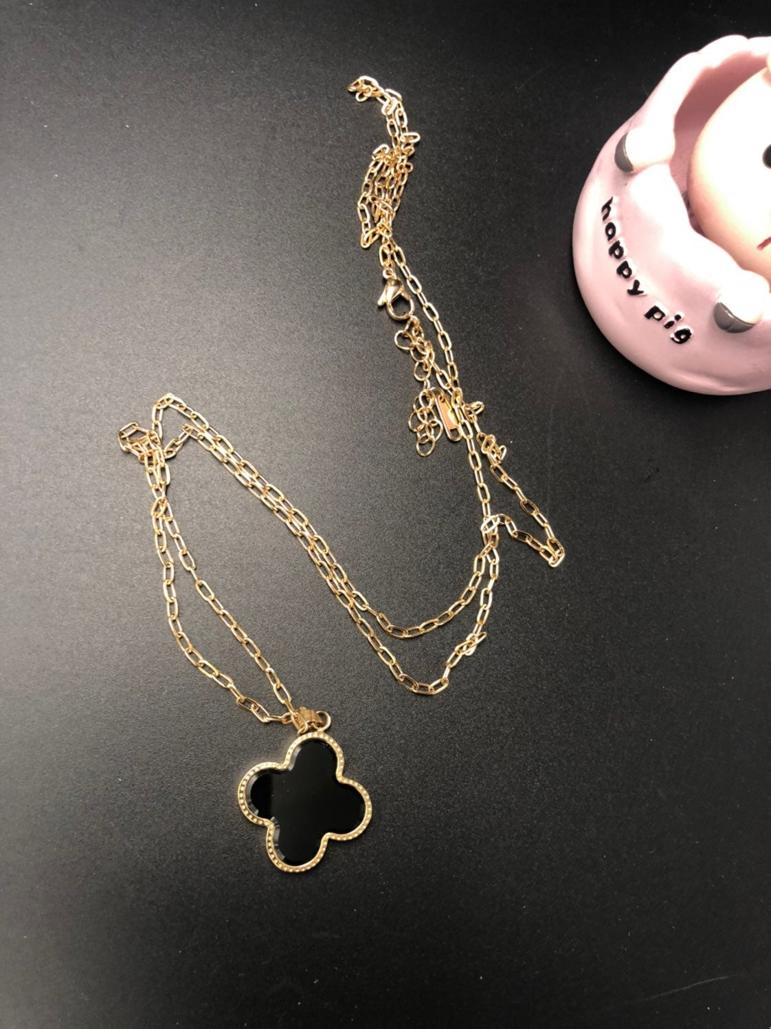 Four-leaf clover long chain