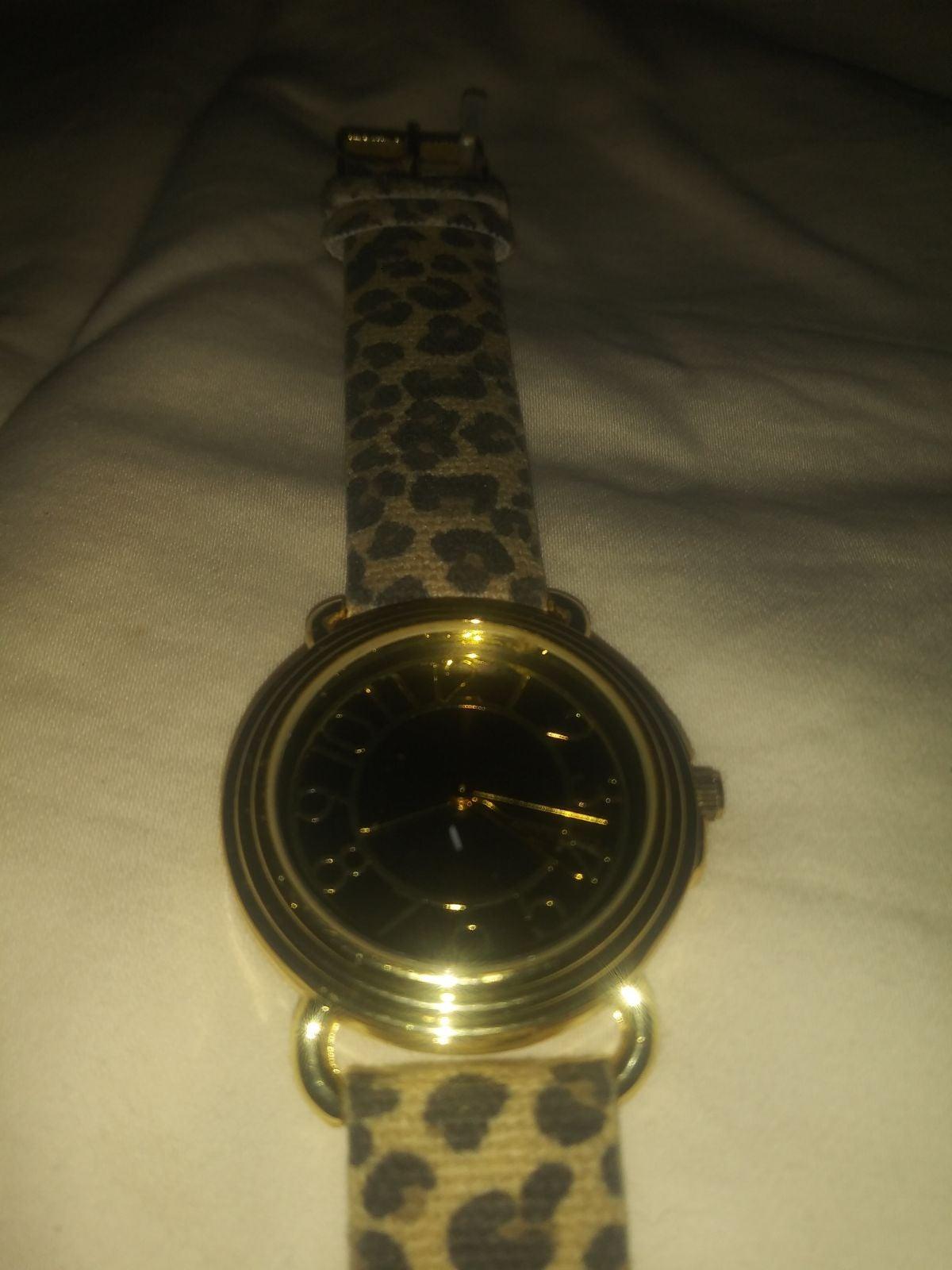 NWOT gold tone/animal print watch #19