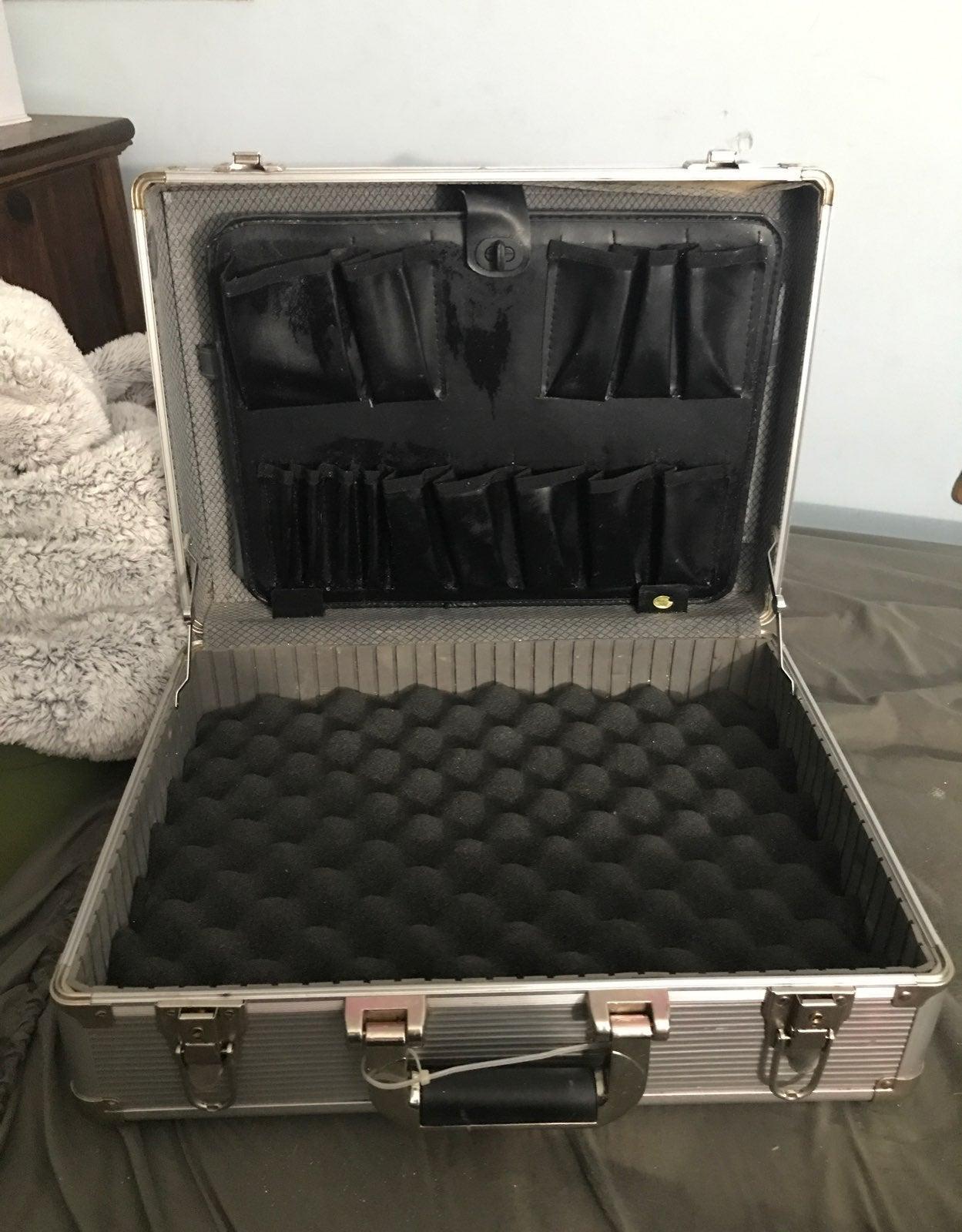 Aluminum Steel locking hard briefcase