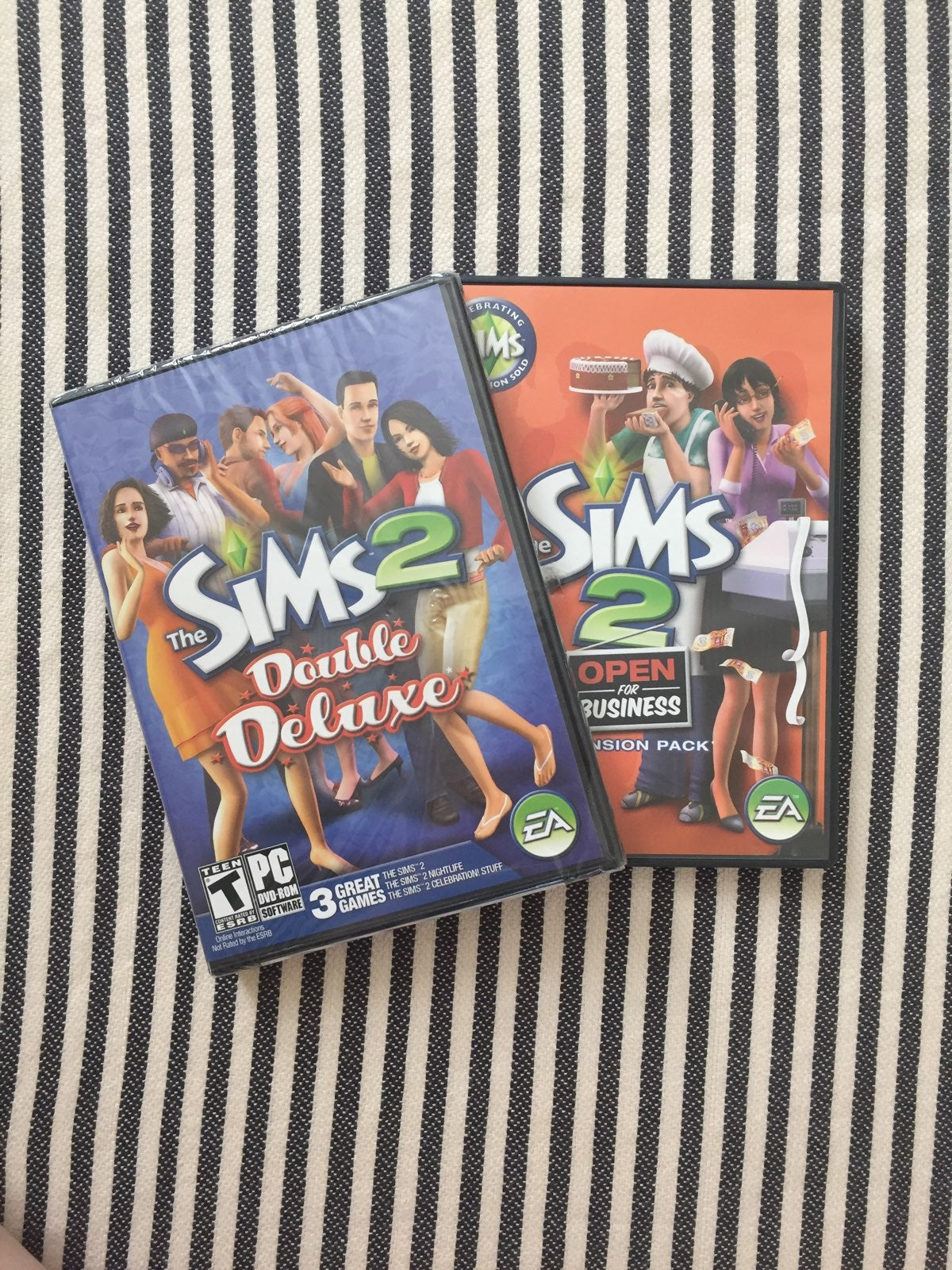 NEW The Sims 2 Double Deluxe + EP Games