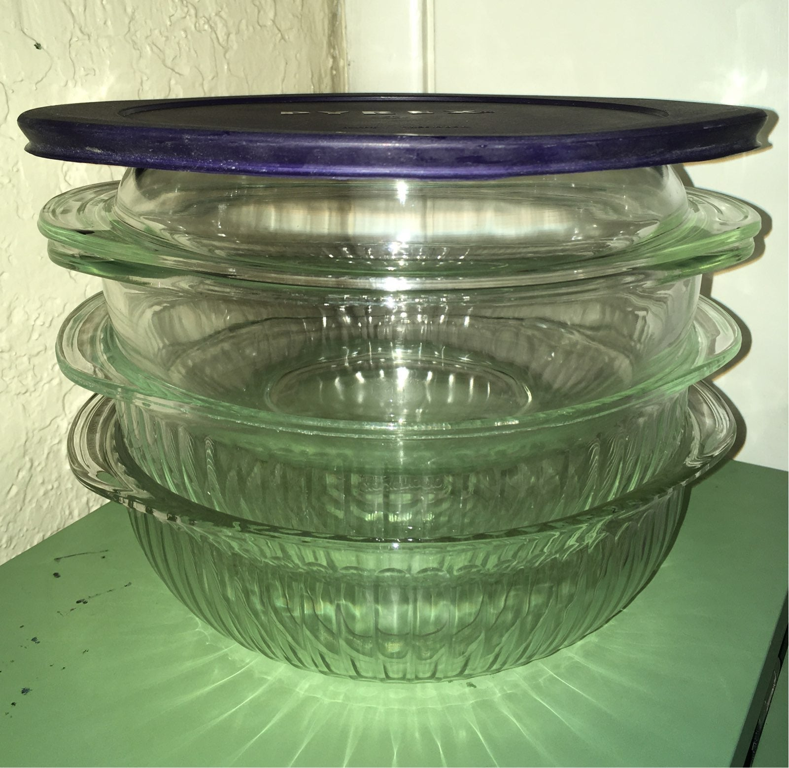 3 Pyrex 2 qt Oval Glass Casseroles + Lid