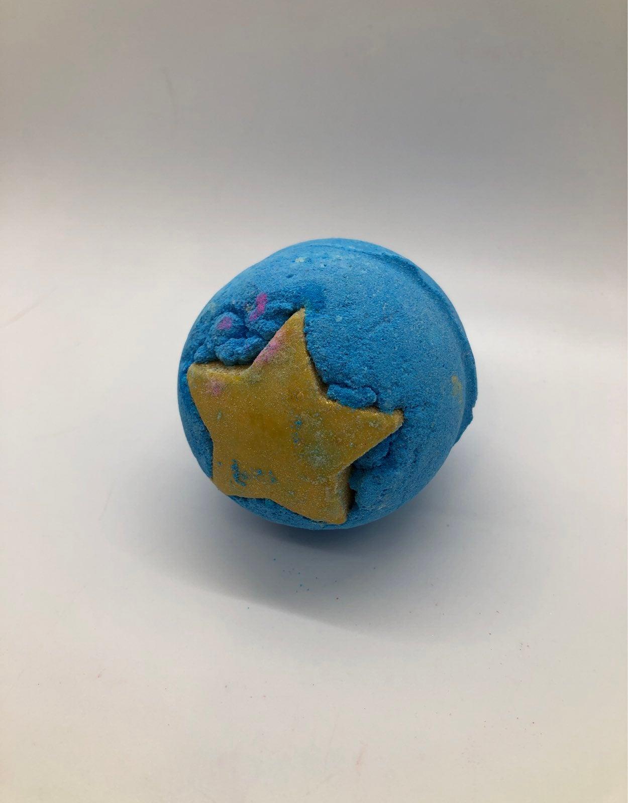 Lush mini small shoot stars hiwtk bomb