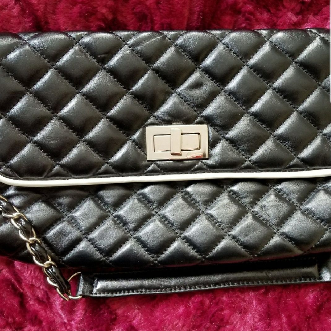 CANDIES BLACK QUILTED PURSE