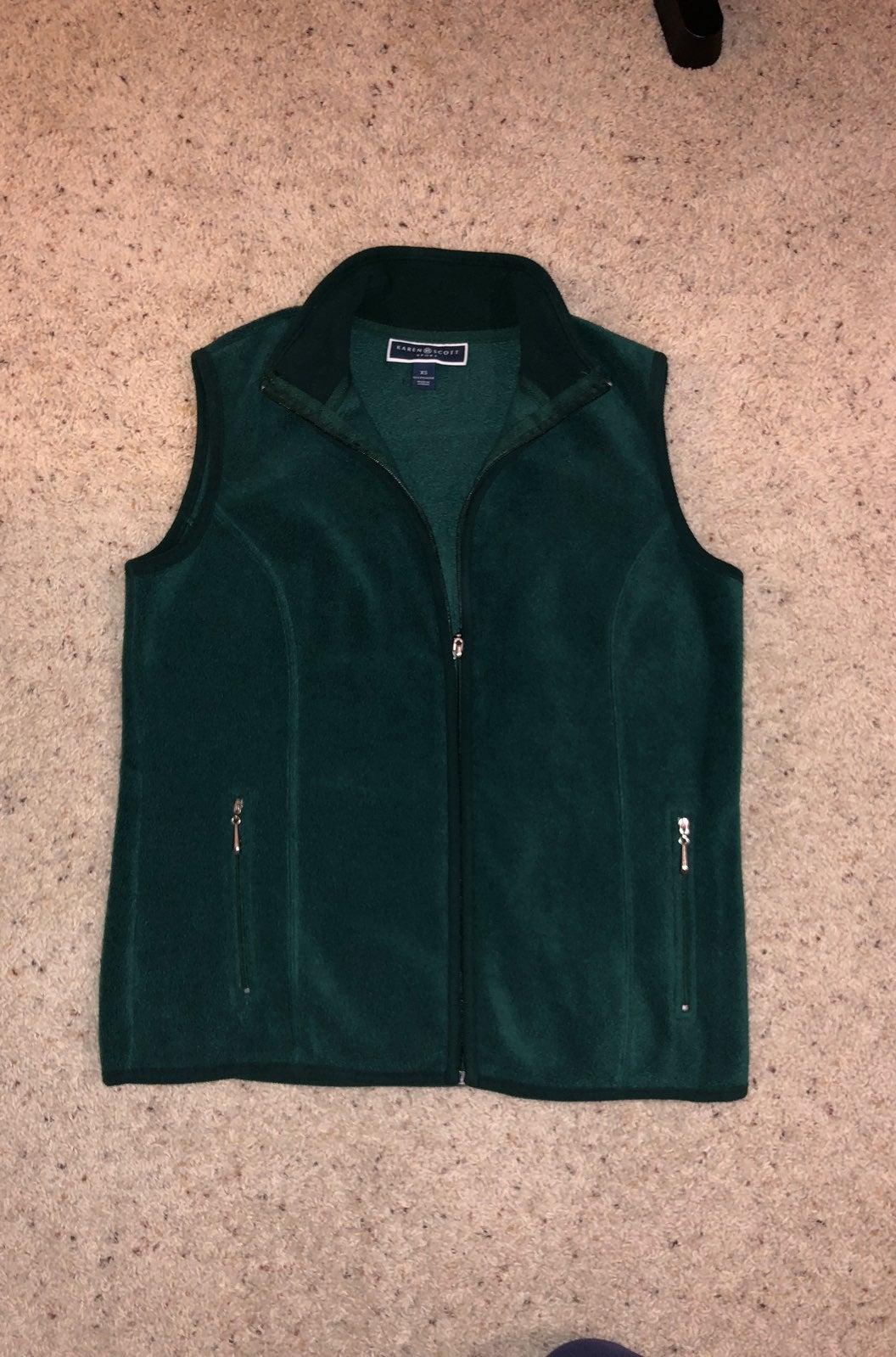 Karen Scott Fleece Vest